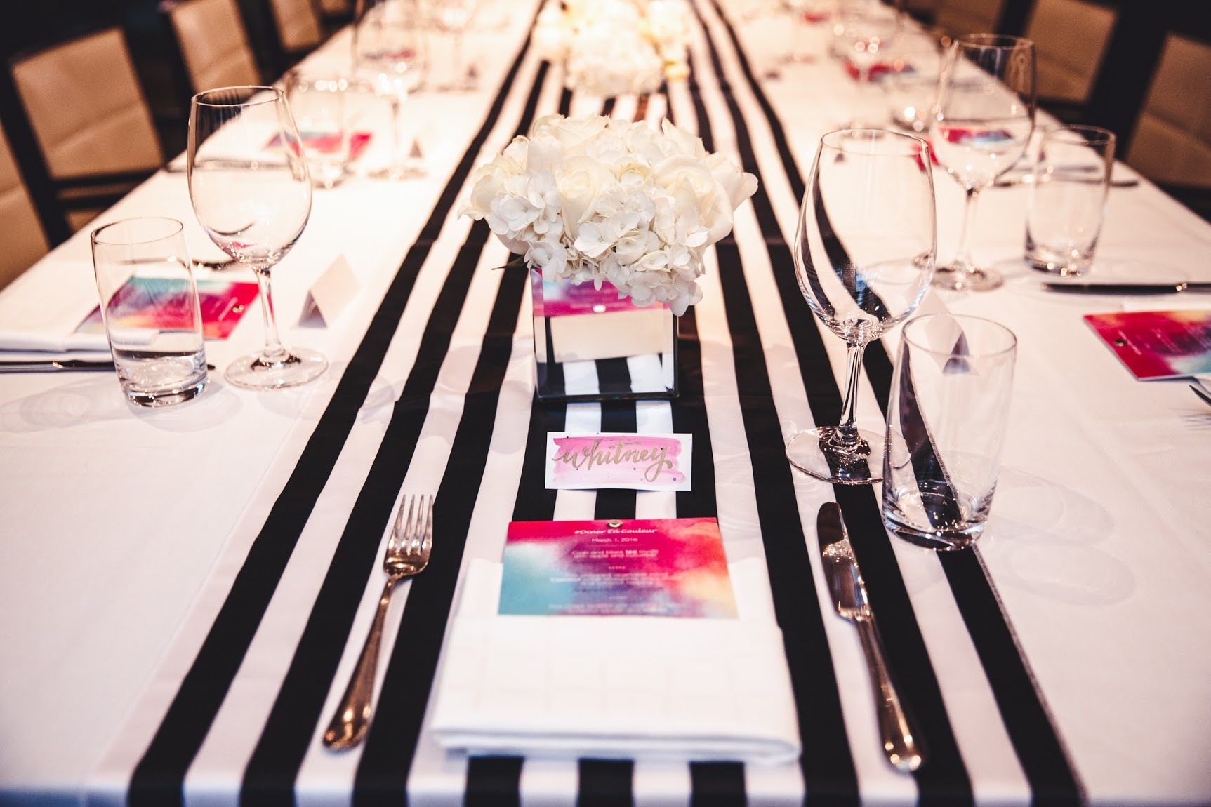 Diner En Couleur Table Setting - Photography by The Glass Eye